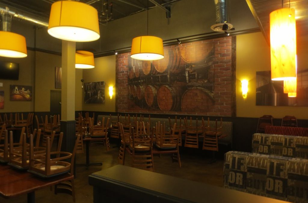 Pete's Restaurant and Brewhouse Murals