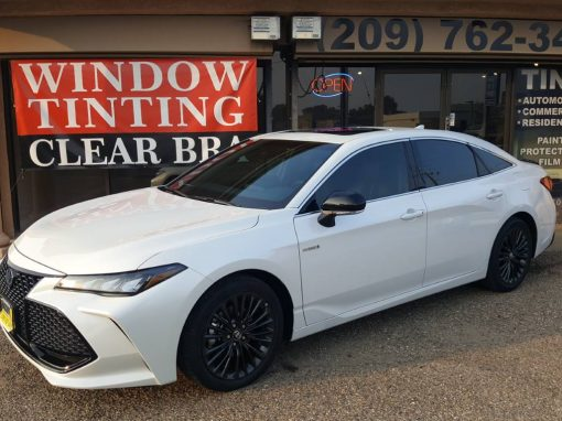 2018 Toyota Avalon Hybrid Clear Bra and Window Tinting