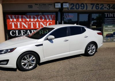 2011 Kia Optima tint